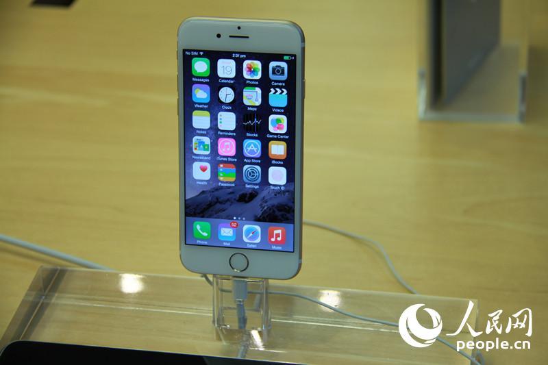 【图】美国香港iPhone6发售火爆 排队数小时转
