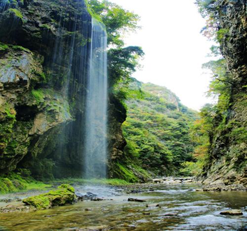 天蓬山寨景区风景如画 山阳县旅游局供图
