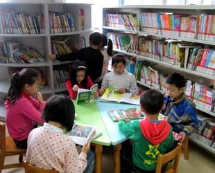 广东中小学生校内托管时间可到18时