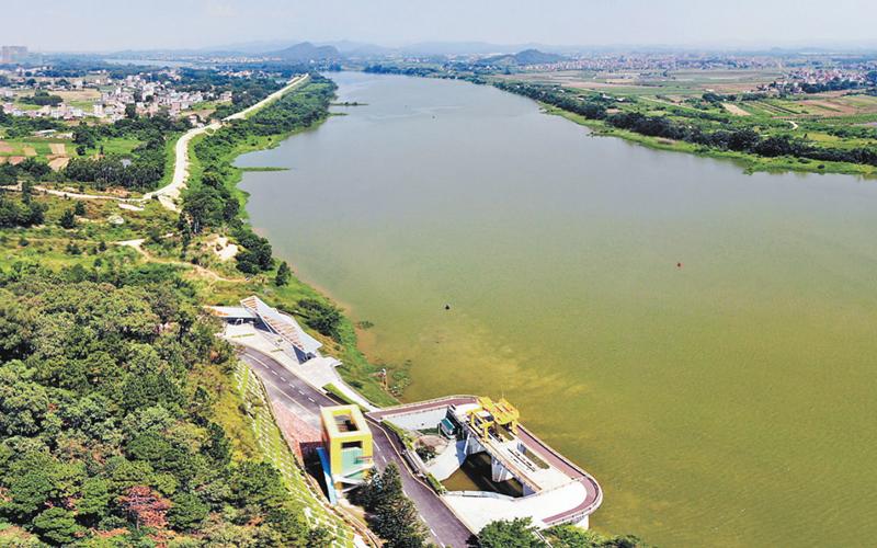 �|江水源工程�ι钲�(chou)�水逾100�|立方米