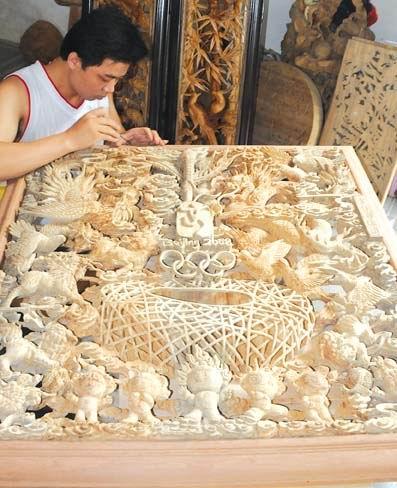 潮州木雕《吉祥奥运图》--广东视窗--人民网