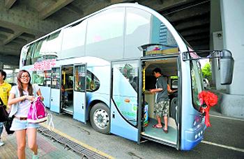 双层巴士重现广州