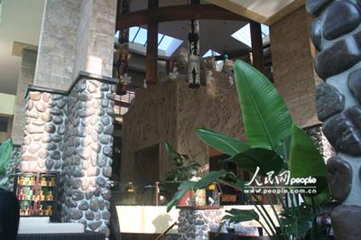 新长隆酒店:与动物共眠